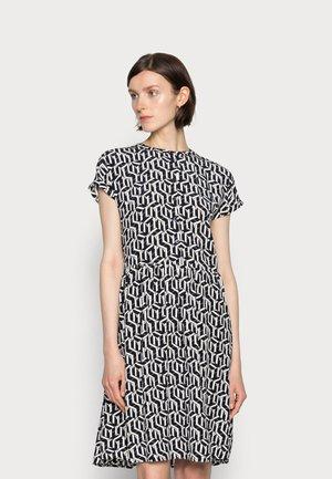 KNEE DRESS - Shirt dress - blue