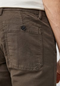 s.Oliver - Chinos - olive - 4