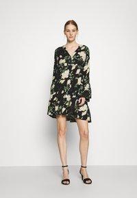 ONLY - ONLFAYE SHORT DRESS  - Shirt dress - black/cloud dance - 1