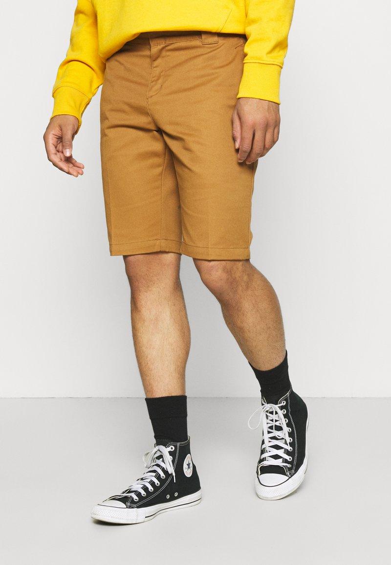 Dickies - Shorts - brown duck