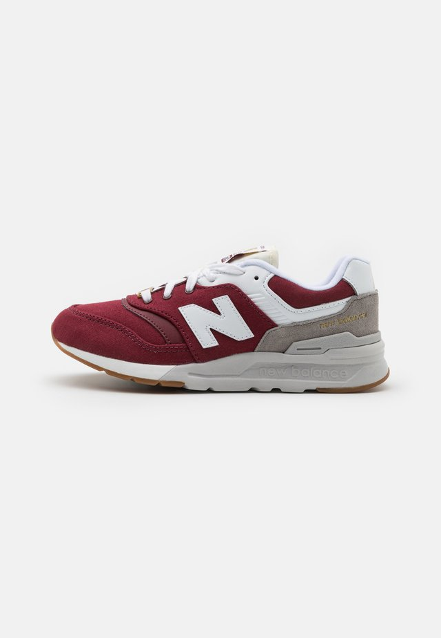 GR997HHT - Sneakers - burgundy