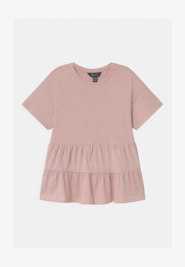 PEPLUM TIERED - T-shirt print - pink