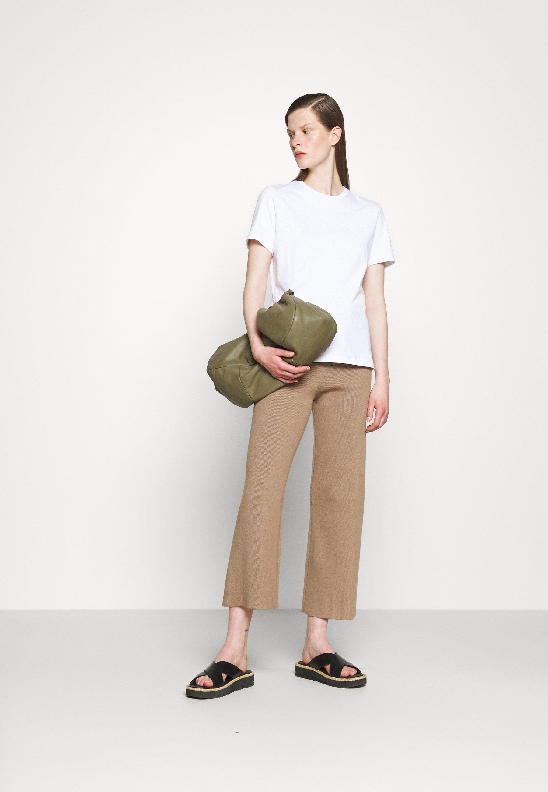Women SUZANA CLASSIC TEE - Basic T-shirt