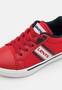 Levi's® - FUTURE  - Trainers - red/navy - 5