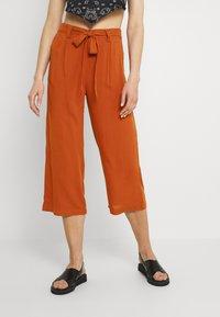 ONLY - ONLNOVA LIFE CROP PALAZZO PANT - Trousers - arabian spice - 0