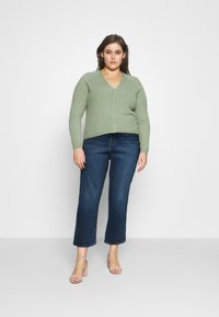 Levi's® Plus - 501 CROP - Slim fit jeans - charleston outlasted - 1