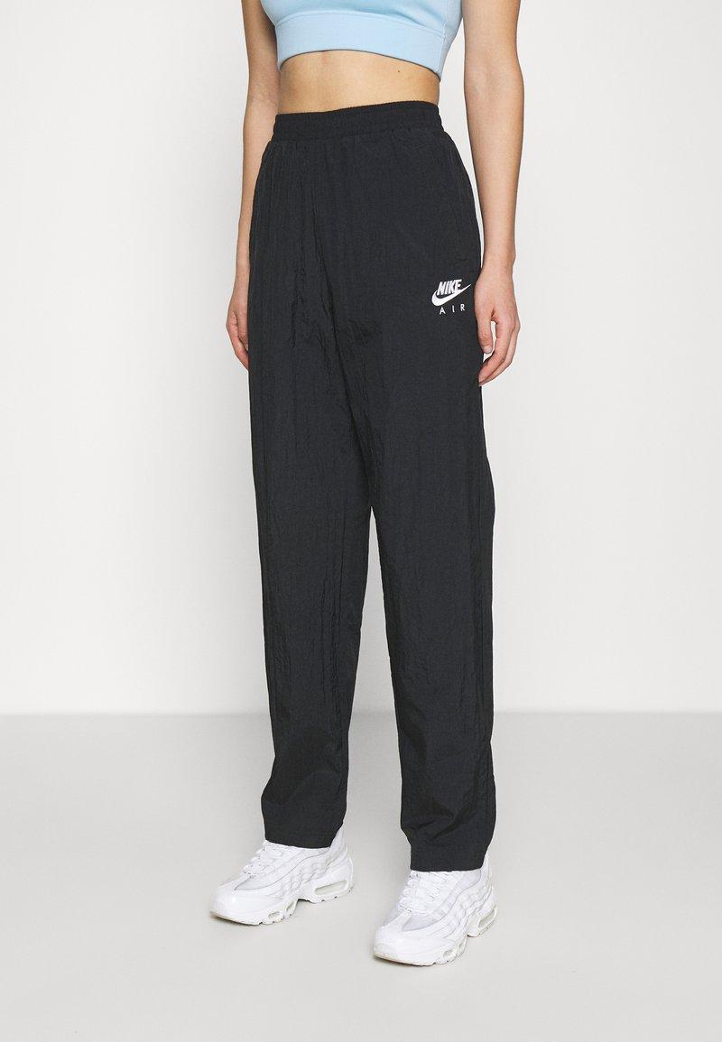 Nike Sportswear - AIR PANT - Joggebukse - black/white