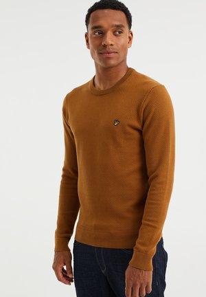 MET STRUCTUUR - Trui - ochre yellow