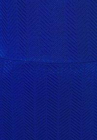 Libertine-Libertine - HYBRID - Maksimekko - surf the web - 6