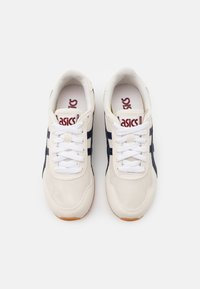 ASICS SportStyle - TIGER RUNNER UNISEX - Sneakers - cream/peacoat - 3