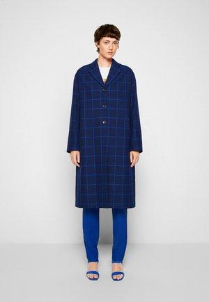COAT - Klassischer Mantel - blue