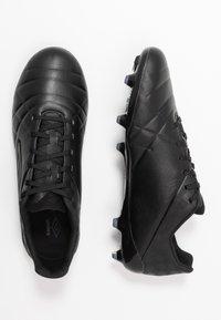 Umbro - MEDUSÆ III PRO FG - Moulded stud football boots - black/black reflective - 1