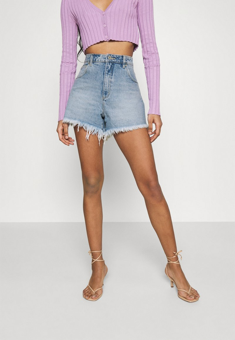 Abrand Jeans - A VENICE - Denim shorts - april