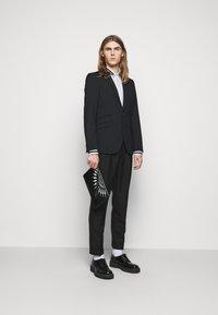 Neil Barrett - TUXEDO GROGRAIN TAPE COLL - Shirt - white/black - 1
