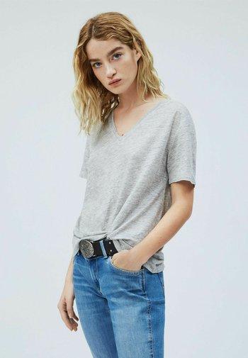 DAPHNE - Basic T-shirt - gris marl