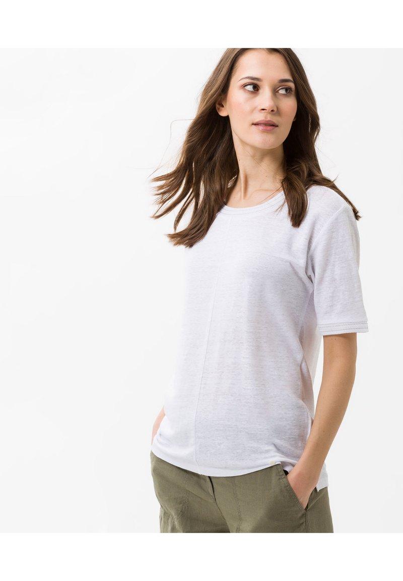 BRAX - STYLE CATHY - Basic T-shirt - white