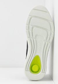 ECCO - ST.1 LITE - Sneakersy niskie - black - 6
