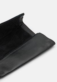 Musse & Cloud - GARBI - Vysoká obuv - black - 5