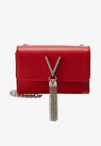Valentino by Mario Valentino - RANMA - Across body bag - rosso - 4