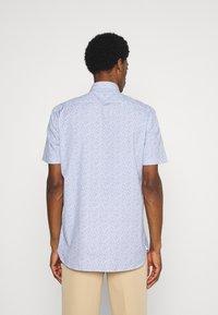 Tommy Hilfiger - SOFT MINI FLORAL PRINT - Skjorta - pebble blue - 2