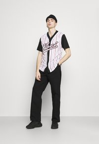 Karl Kani - VARSITY BLOCK BASEBALL - Shirt - black - 1
