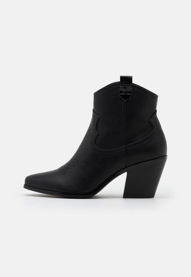 BIACLEMETIS WESTERN BOOT - Kovbojské/motorkářské boty - black