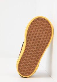 Vans - OLD SKOOL ELASTIC LACE - Tenisky - multicolor - 5