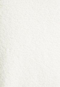 NA-KD - NA-KD X ZALANDO EXCLUSIVE - FLUFFY SWEATER - Strikkegenser - white - 6