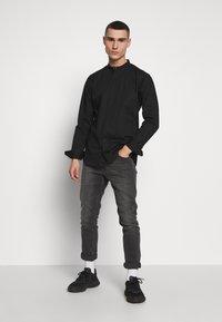Tigha - OLE STRETCH - Overhemd - black - 1