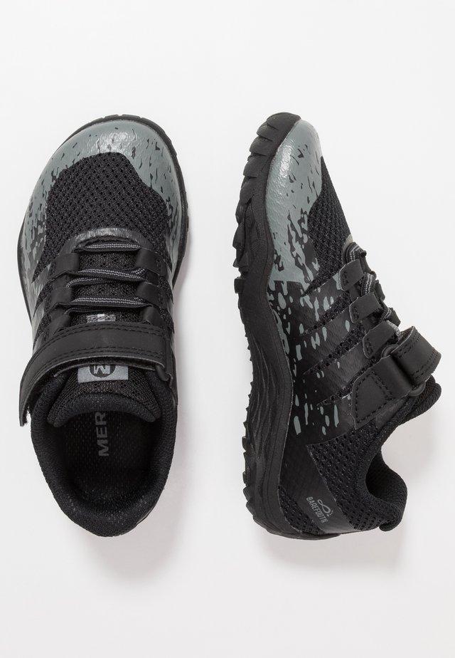 TRAIL GLOVE 5 - Zapatillas de senderismo - black