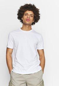 Champion - CREW NECK 2 PACK - T-shirt basic - white/navy - 1