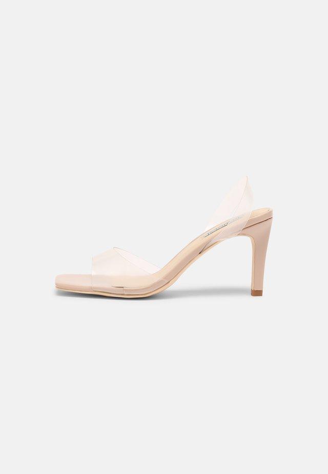 TEST ME SQUARE  - Sandały - beige