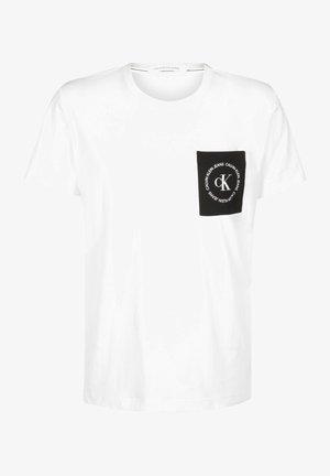 CK ROUND LOGO REG PCKT TEE - Print T-shirt - bright white/black/white