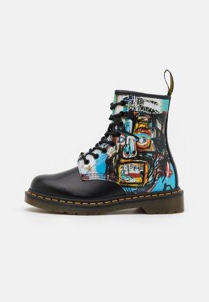 1460 BASQUIAT - Šněrovací kotníkové boty - black