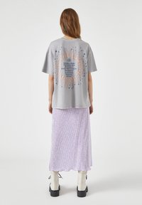 PULL&BEAR - Print T-shirt - light grey - 2
