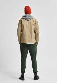 Selected Homme - Summer jacket - greige - 2