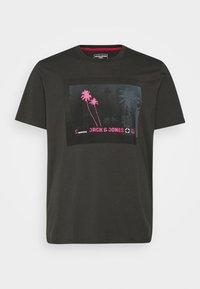 Jack & Jones - JCOPALM  - Print T-shirt - pirate black - 3
