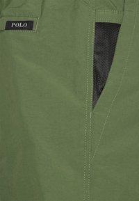 Polo Ralph Lauren - 6-INCH LIGHTWEIGHT HIKING SHORT - Shorts - army - 2