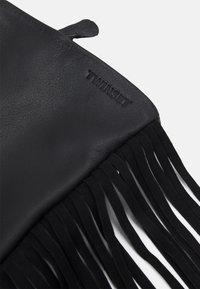 TWINSET - FRINGES GLOVES - Gloves - nero - 3