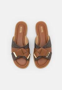 MICHAEL Michael Kors - ADDISON FLAT  - Mules - brown/luggage - 3