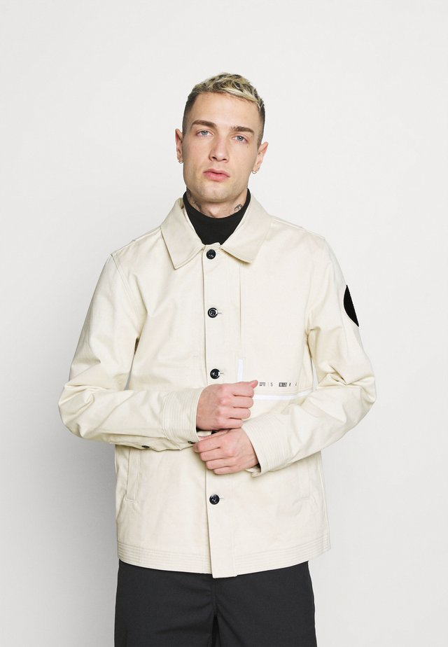NAVAL OVERSHIRT - Summer jacket - whitebait