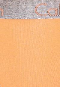 Calvin Klein Underwear - 3 PACK - Alushousut - grey heather/pale blue/flambe - 6