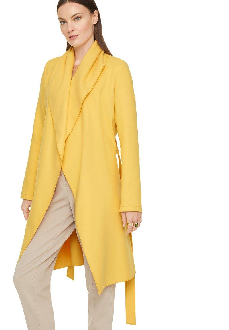 comma - Classic coat - yellow