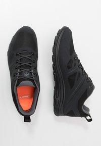 Mammut - OSURA LOW GTX MEN - Hiking shoes - black/titanium - 1