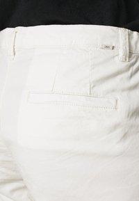 edc by Esprit - PIMA - Shorts - white - 4
