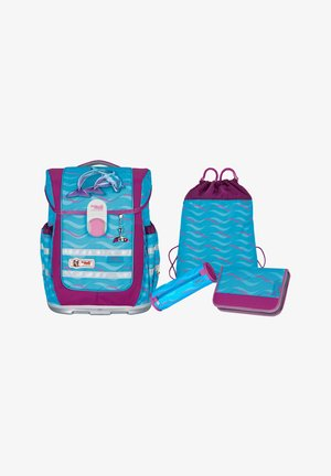 School set - finny