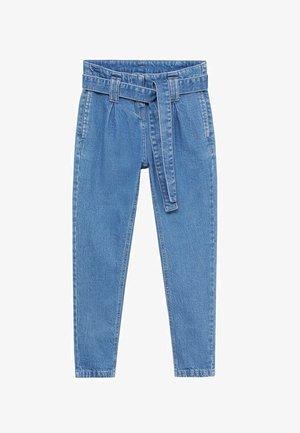 CAMI - Relaxed fit jeans - středně modrá