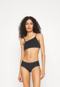 Calvin Klein Underwear - HIPSTER - Bokserit - black - 1