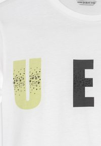 Guess - JUNIOR - T-shirt con stampa - true white - 2