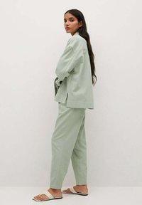 Mango - Pantalon classique - verde agua - 3
